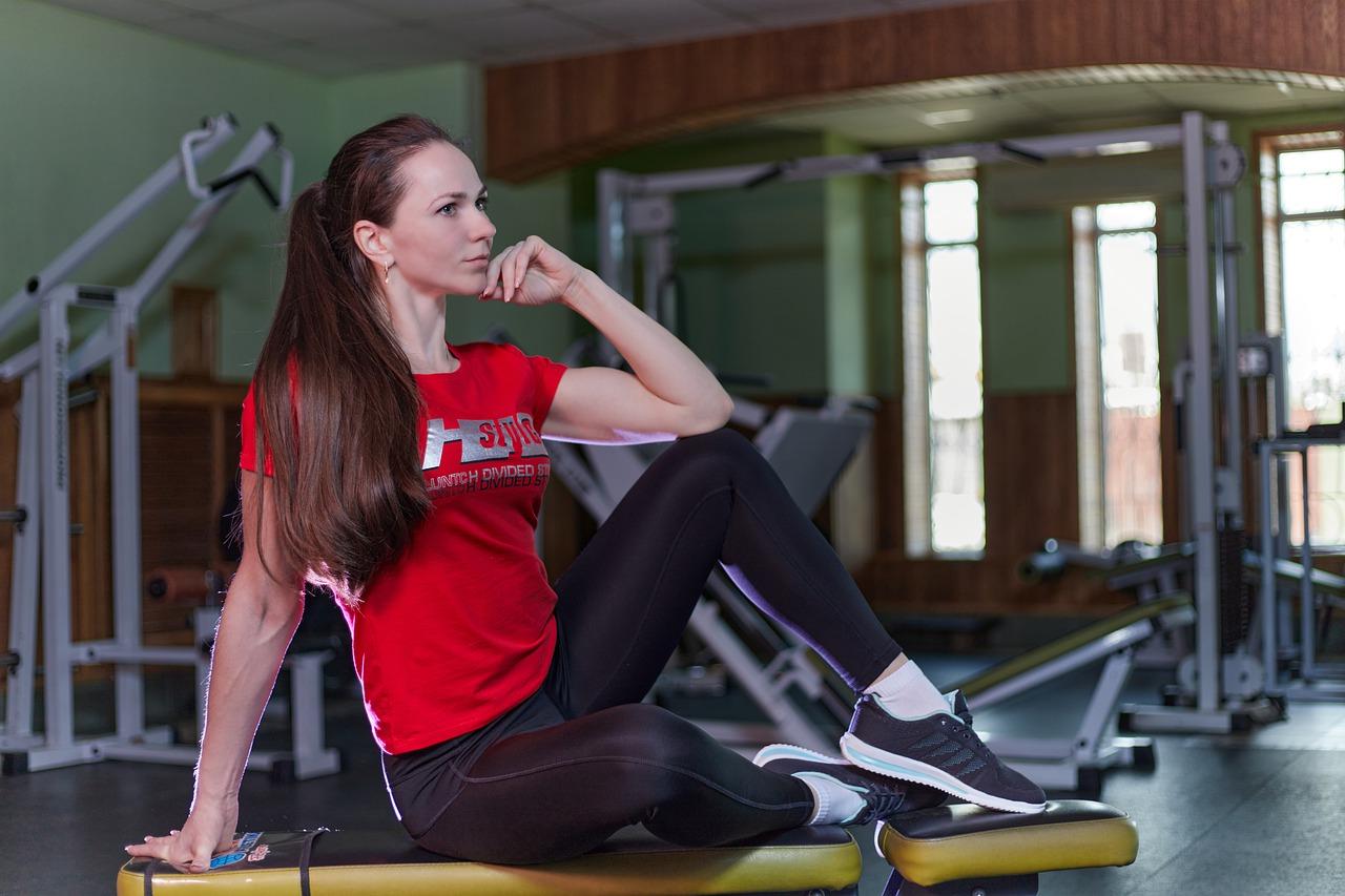 Woman Grace Fitness Girl Beauty  - andrey_braynsk / Pixabay