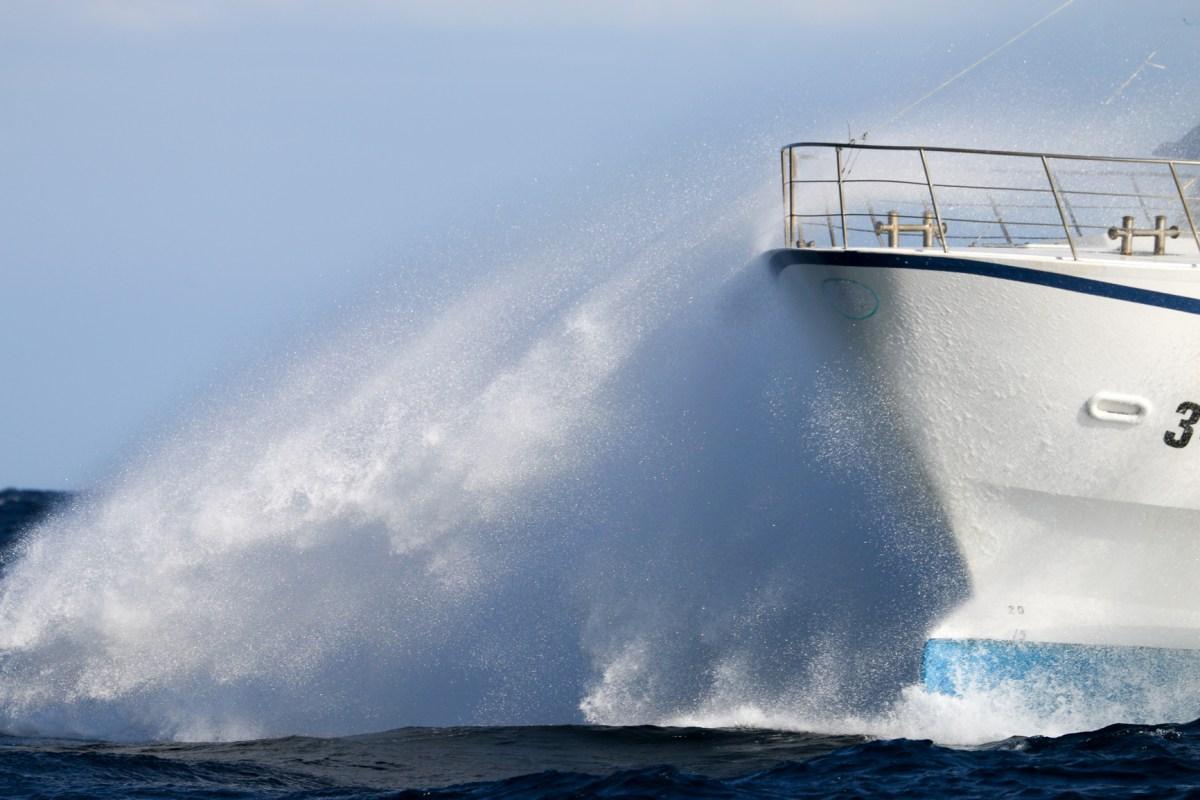Sailing from Cap d'Agde to Roda de Bara