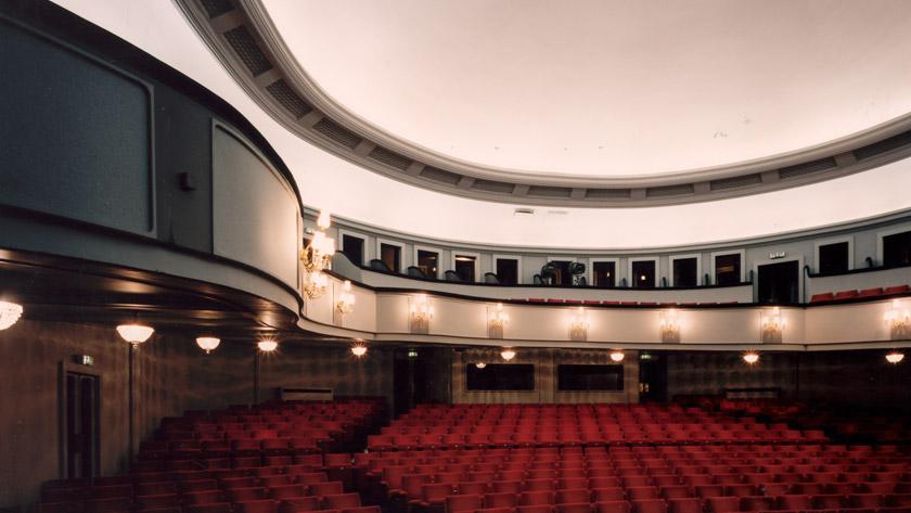 De maison du tireur à théâtre