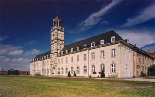 TOWN HALL HEMIKSEM<br><span style='color:#31495a;font-size:12px;'>Refurbishment St. Bernard's Abbey</span>
