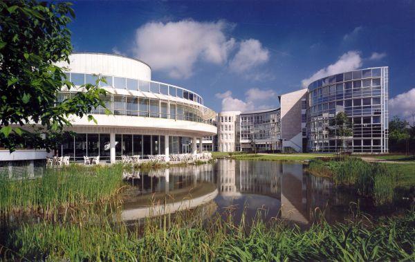 Nieuwbouw hoofdzetel Brussels Innovatiecentrum (BIC) Procter & Gamble, Brussel, kantoorgebouw SVR-ARCHITECTS