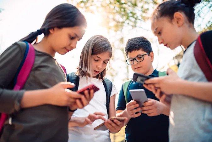 انستجرام يطور نسخة خاصة من التطبيق للأطفال أقل من 13 عام