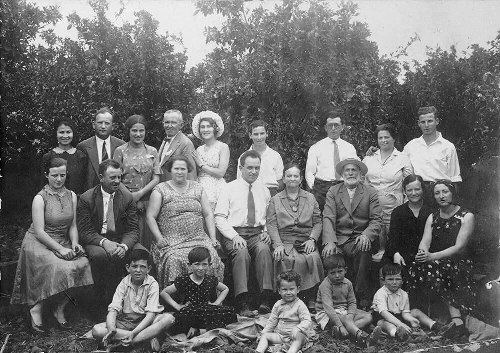 MyHeritage يتيح لك تلوين صورك القديمة مجاناً وبجودة رائعة 1