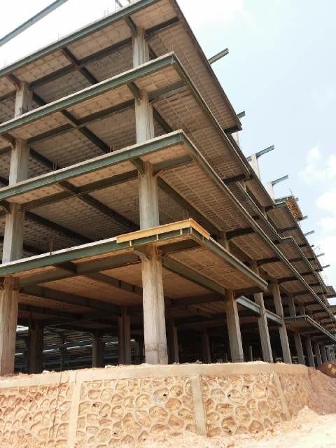 Penerapan Teknologi Flyslab pada Bangunan Bertingkat