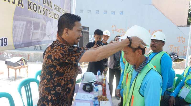 Abd Razak Said Hadiri Pelatihan 105 Tukang Bangunan di Getrakmoyan Kabupaten Cirebon