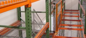 Structural vs. Roll Formed Pallet Racks