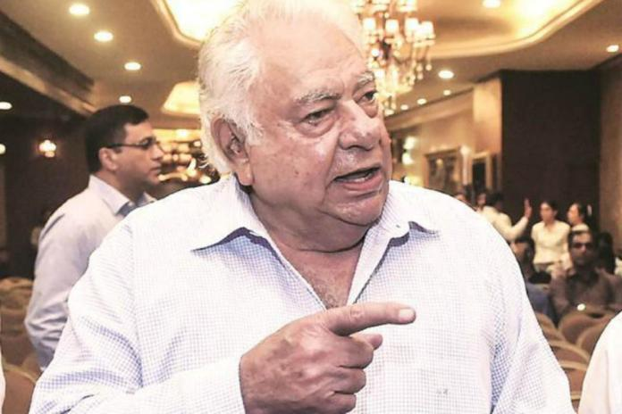 Farokh-Engineer former wicket keeper batsman of Indian National Cricket Team