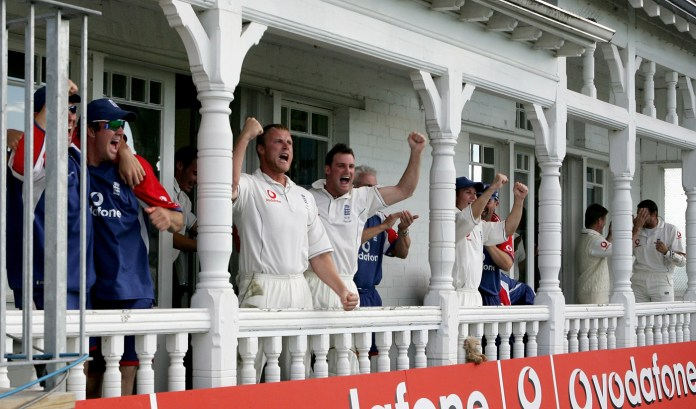 England win nerve wracking match vs Australia in Ashes 2005 at Trent Bridge