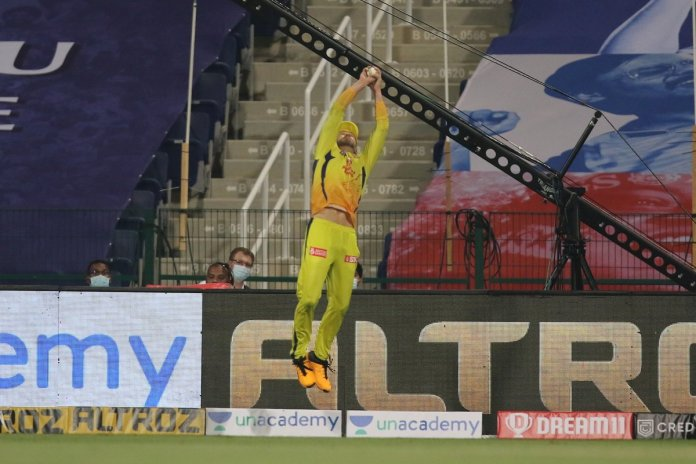 Faf Du Plessis catch against Mumbai Indians