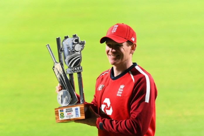 Eoin morgan with trophy vs South Africa, england vs south africa t20i series 2020