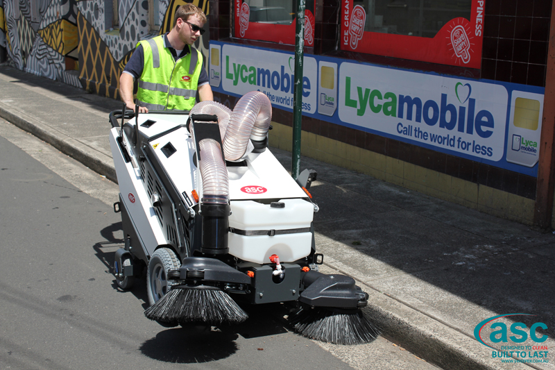 ASC 125 Sweeper with man 3