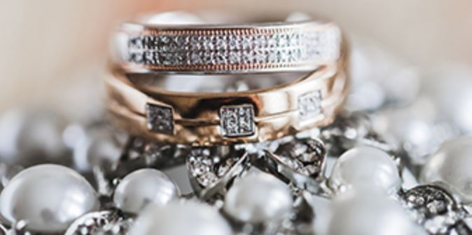 Town and Country Sweepstakes – Win Gorgeous Jewelry