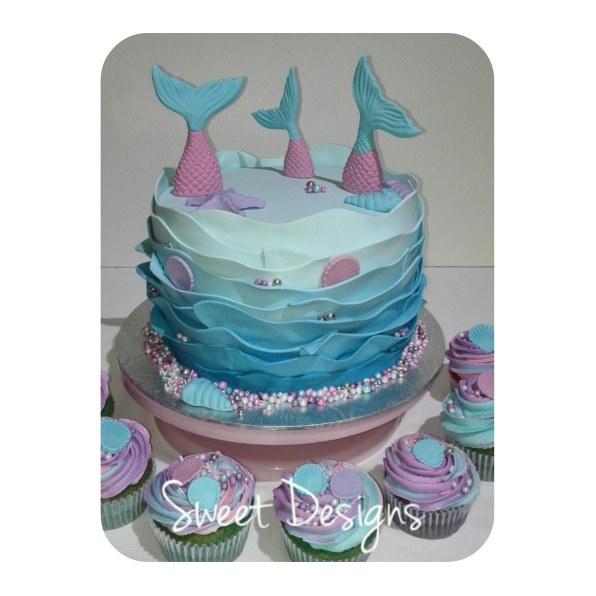 Mermaid Birthday cake with cupcakes