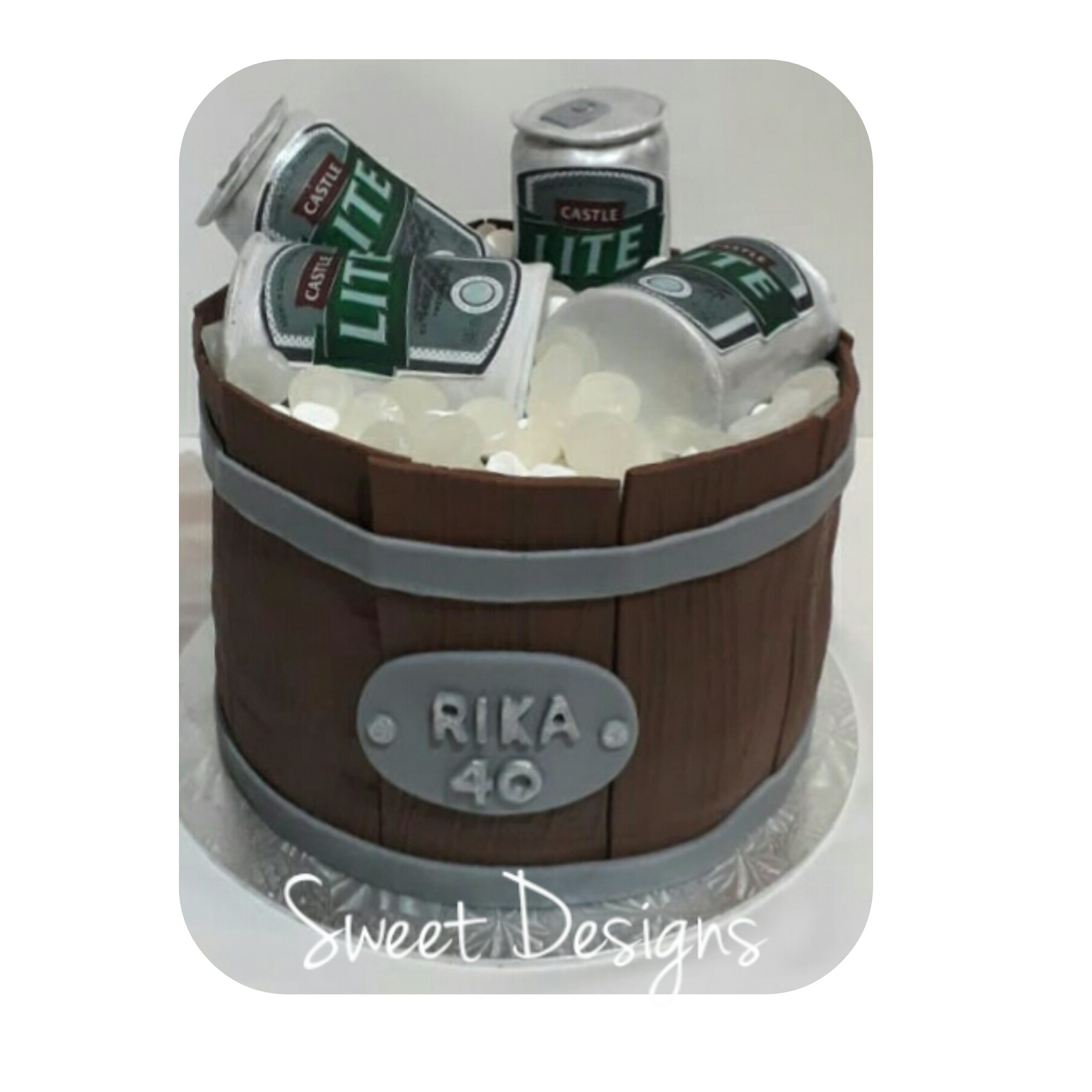 Barrel Cake with Cake Beer cans