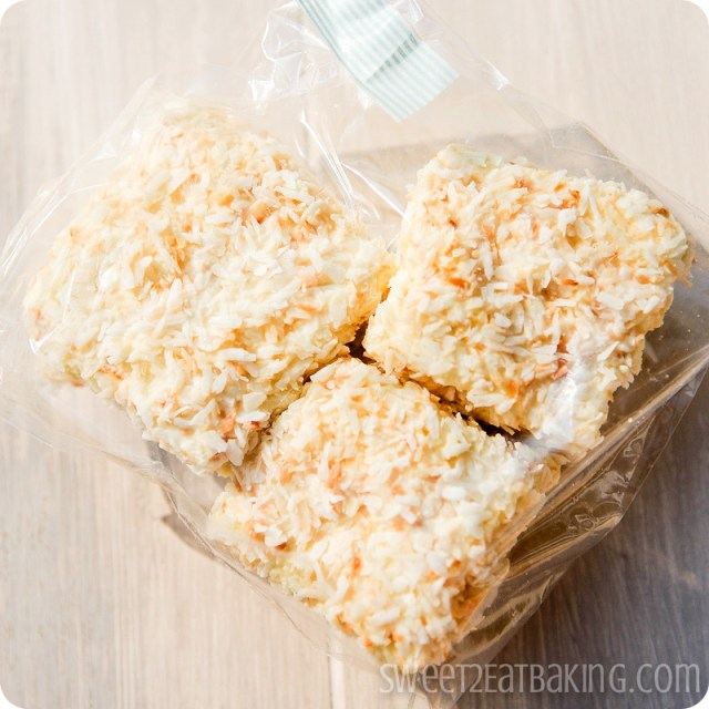 Vanilla bean, white Belgian chocolate and toasted coconut marshmallows - Foodie PenPals July 2012