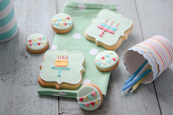 Honeywell Bakes Happy Birthday Biscuit Gift Set