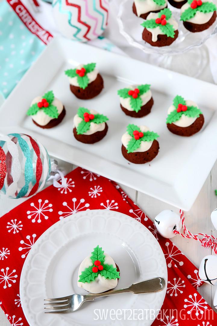 Mini Christmas Puddings by Sweet2EatBaking.com