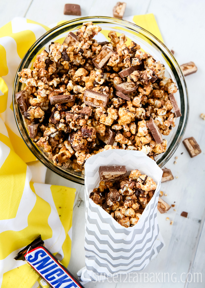 Snickers Party Popcorn by Sweet2EatBaking.com
