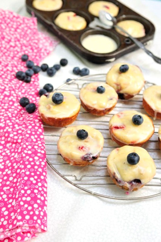 Berry Cheese Muffins with Lemon Glaze Recipe by Sweet2EatBaking.com