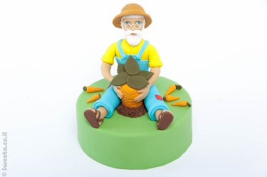 סבא אליעזר מפוסל בבק סוכר טופר לעוגה
