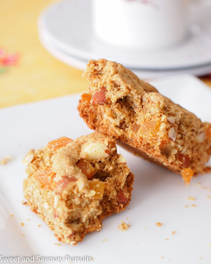 Apricot and Almond Bars