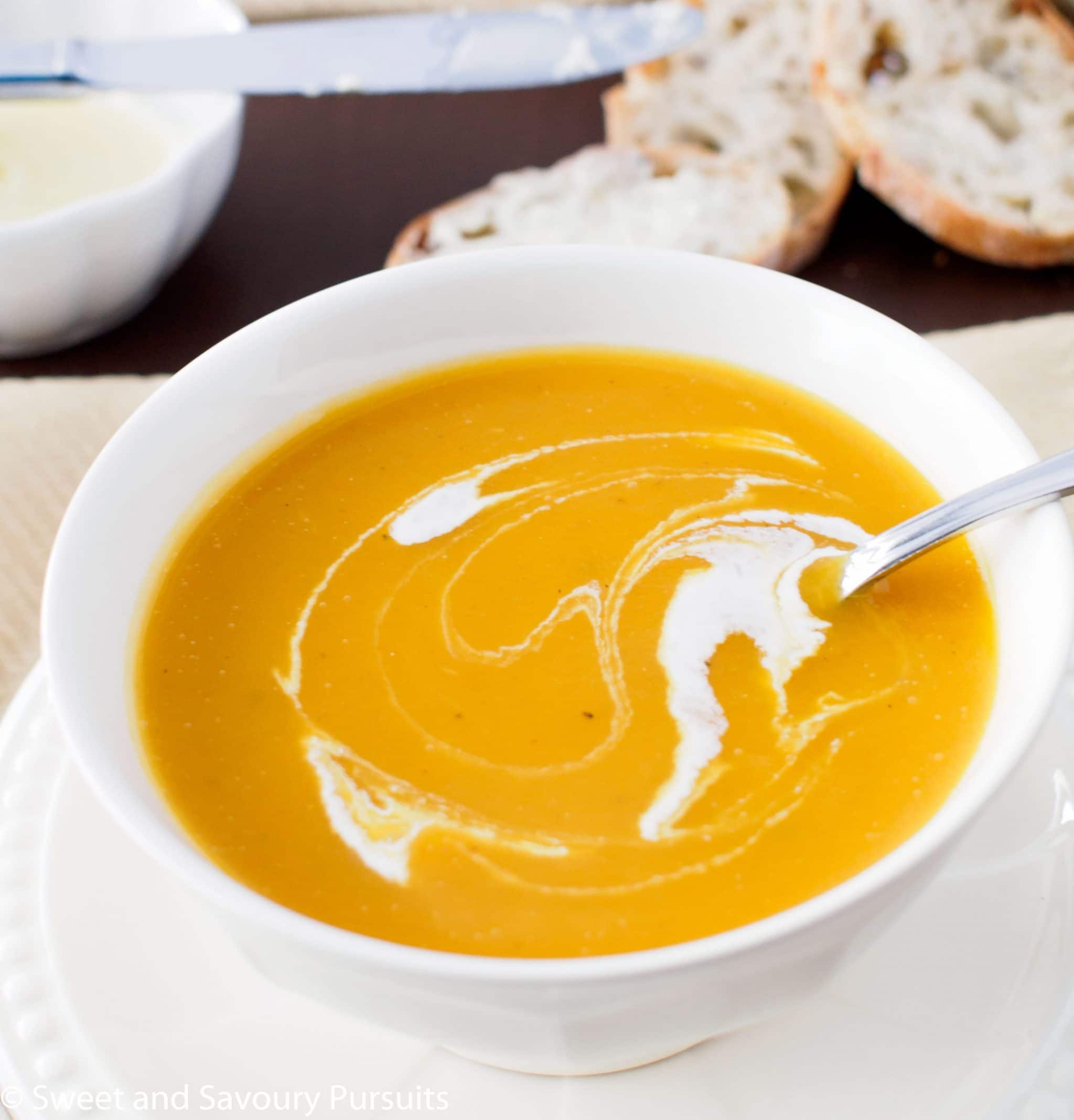 Roasted Butternut Squash and Pear Soup – Sweet and Savoury ...