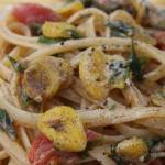 vegan clams pasta sauce with linguine