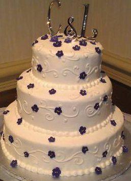 Monogram Purple and White Weddingcake