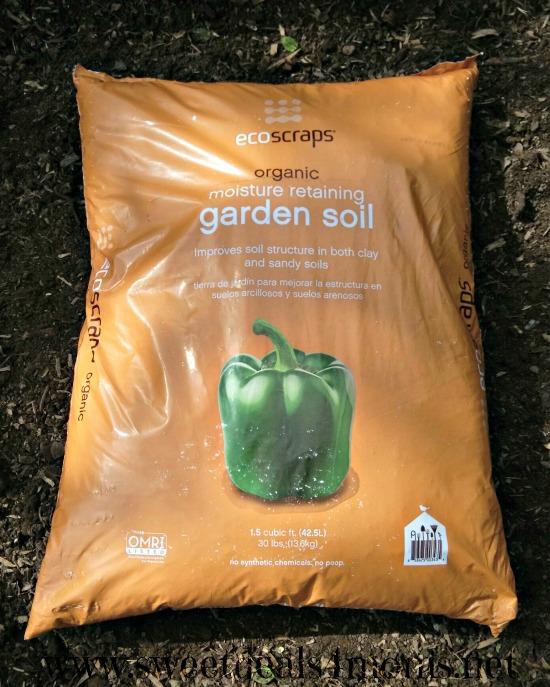 Keep your garden organic with ecoscraps 50 walmart for Garden soil deals