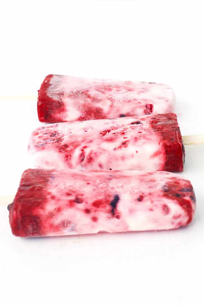 Mixed Berry Yoghurt Popsicles