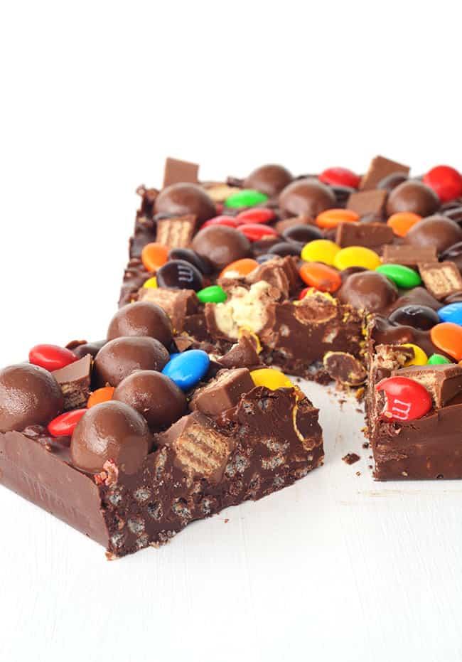 Candy Crunch Chocolate Bar - Sweetest Menu