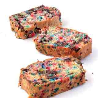 Amazing Funfetti Chocolate Chip Ice Cream Bread (Video)