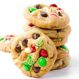 M&M Christmas Cookies | Sweetest Menu