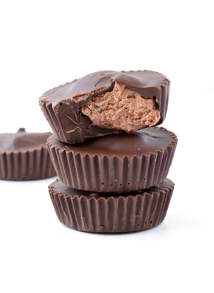 Nutella Cheesecake Chocolate Cups
