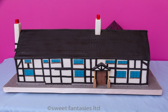 House Cake. sweet fantasies Blog post