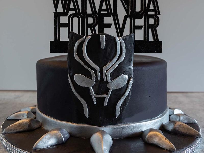 black panther cake RIP Chadwick Boseman