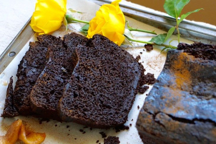 Healthy and Yummy Low-Calorie Chocolate Apple Loaf: