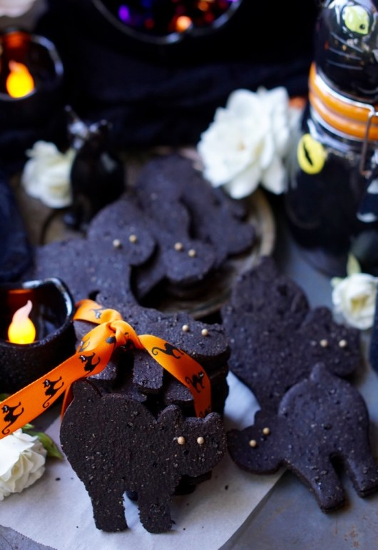 Healthy Low-Fat All-Natural Black Cat Chocolate Cutout Sugar Cookies