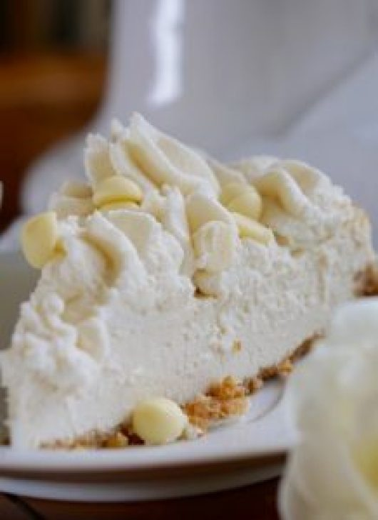 This Healthy, Low-Fat and Low-Calorie White Chocolate Cheesecake recipe is also all-natural, high-protein (no protein powders), beautiful, luscious, easy to make and super-delicious!