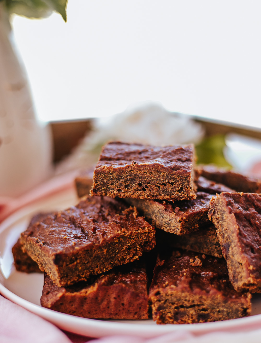 Easy Healthy Carrot Brownies are unbelievably quick and mess-free to make! They're full of healthy produce, low-sugar, low-calorie, and so yummy! #healthydessert #healthysnack #lowcaloriedessert #lowcaloriesnack #lowcalorie #lowcalorierecipe #healthy #healthyrecipe #healthydessertrecipe #healthybrownies #carrotbrownies
