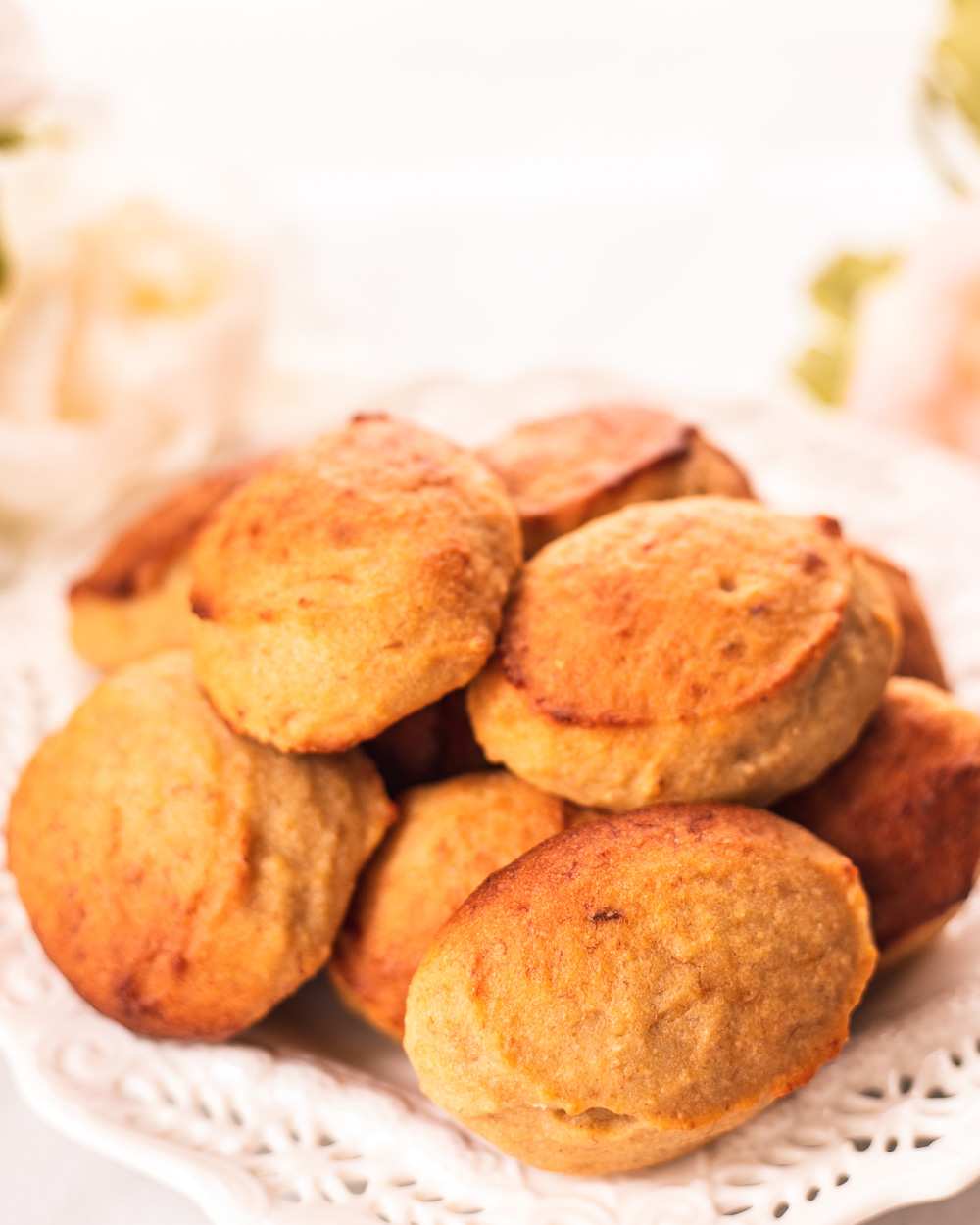 The Healthy Chewy Banana Cookies recipe for cookies that are easy to make, low-calorie, low-fat and all-natural. Serve them as healthy dessert, snack or breakfast!