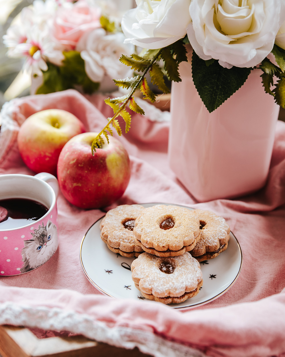 The Healthy Apple Sandwich Cookies that are lower in calories, fat and sugar than a usual cookie recipe, but they're just as yummy, crunchy and flavorful!