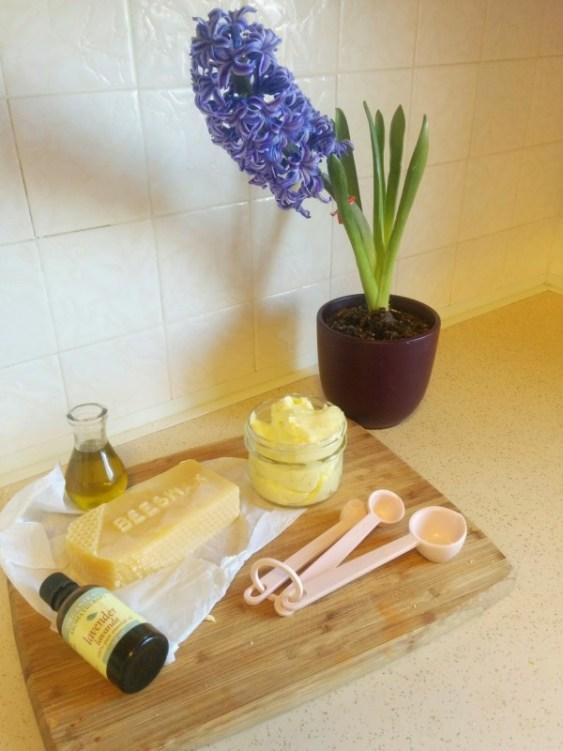 3-ingredient homemade body lotion - SweetMadeleine.ca