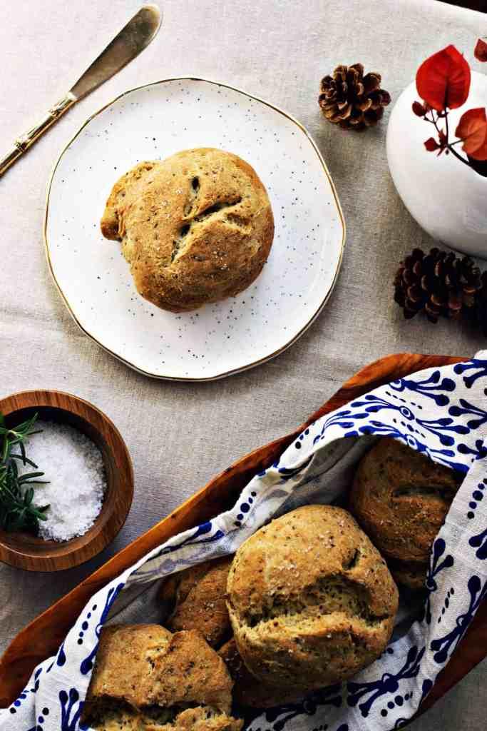 rosemary olive oil buns | via sweet miscellany