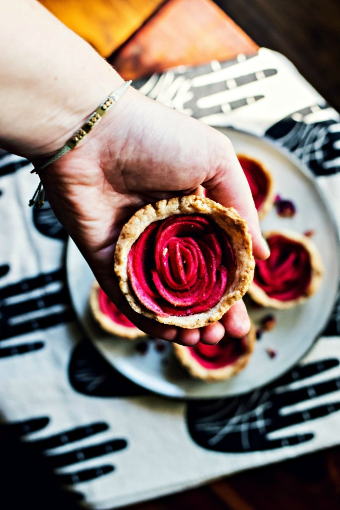 mini rose apple pies | vegan gluten-free recipe via sweet miscellany