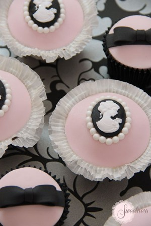 Pink and Black cupcakes, Cameo cupcakes, wedding cupcakes london