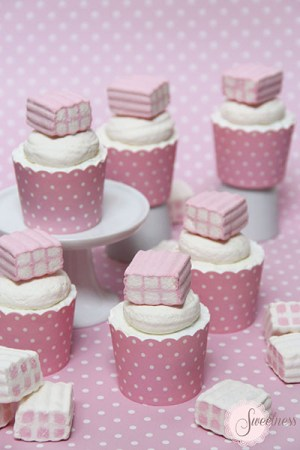 Marshmallow cupcakes London