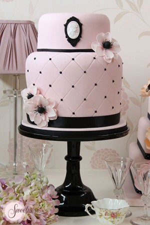 Pink Wedding Cakes, Cameo Wedding Cakes, London Wedding Cakes