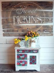 Sweet Pickins - Window Pane