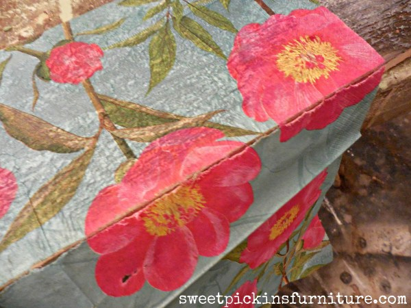 Sweet Pickins - napkins on wood